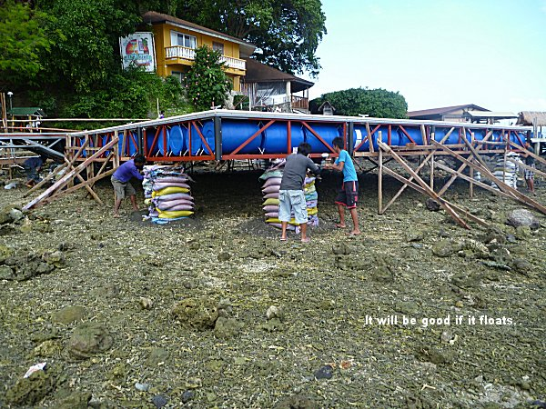 New divers pontoon at El Galleon beach Resort in Puerto Galera